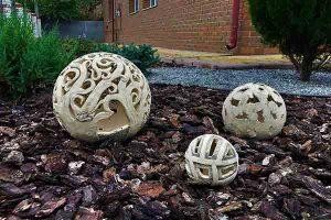 """Оригинальный декор для сада """"Шар-3 дерево"""""""