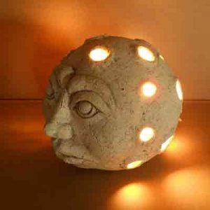 Светильник в виде луны (Ø 130 мм)