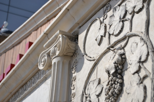 Большое керамическое панно виноградная лоза