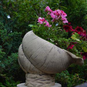 Кашпо для цветов в виде Ракушки