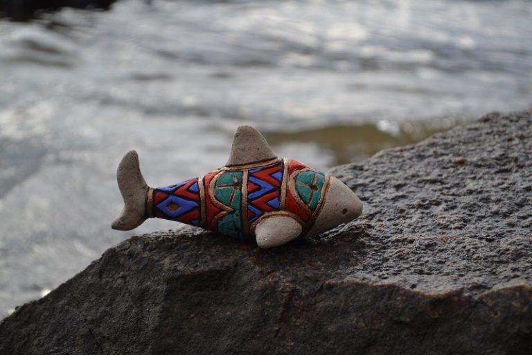 Сувенир в виде акулы 10