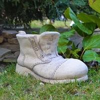 Кашпо ботинок