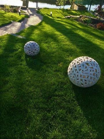 Садовая фигура - шар