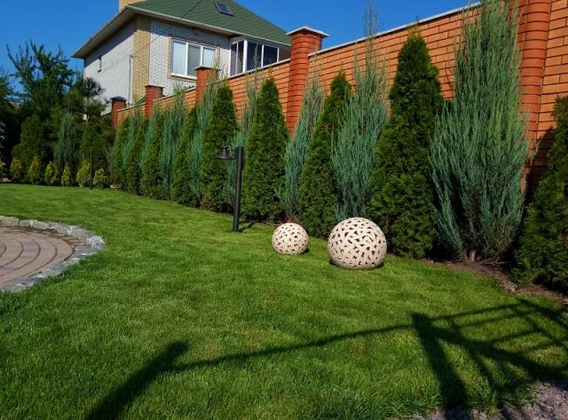 Садовые фигуры шары