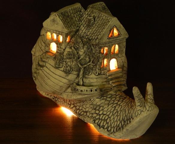Садовый светильник улитка