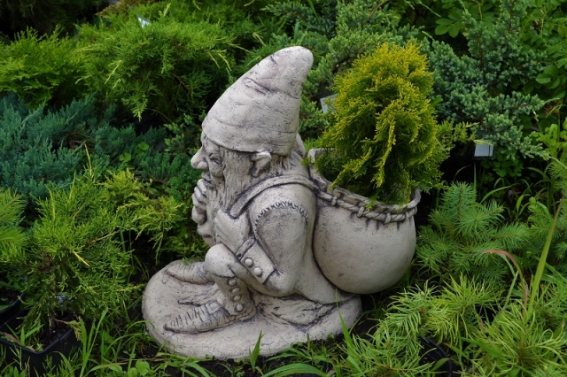 Садовая фигура - Гном