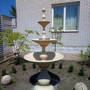 Большой садовый фонтан