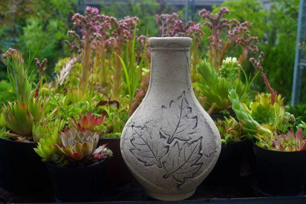 Керамический кувшин для цветов