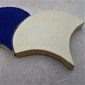 Керамическая плитка Рыбья чешуя (глазурь)